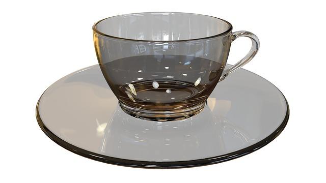 vaciar la taza para tener nuevo té